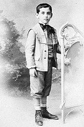 170px Federico García Lorca a los seis años de edad - Poesia Online
