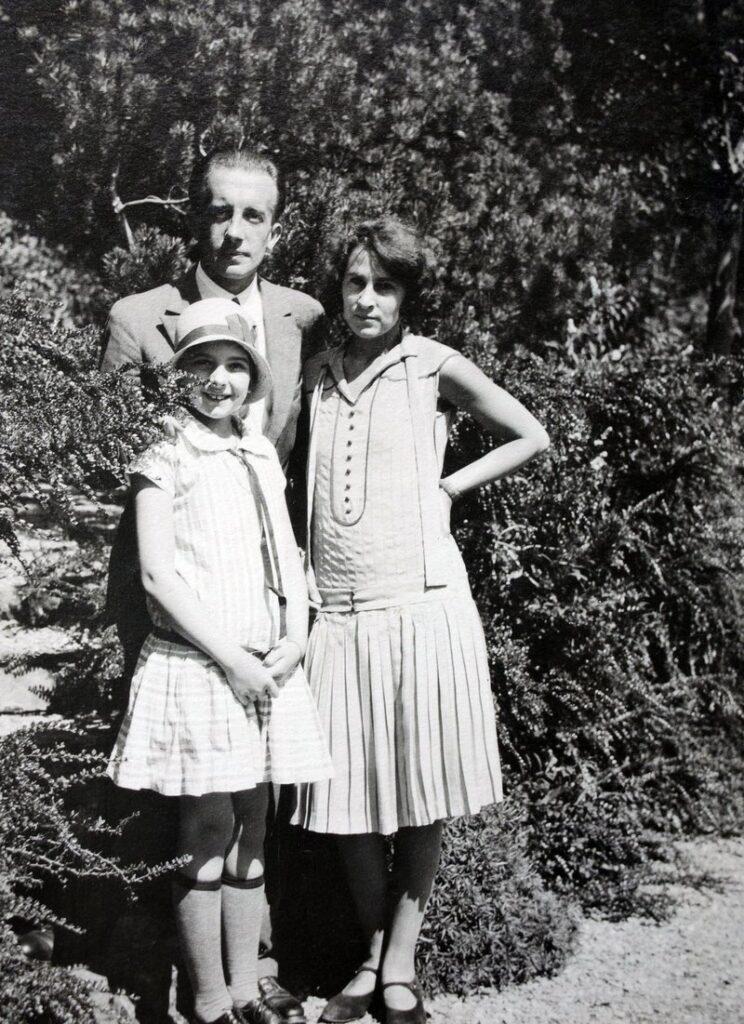 Paul Eluard Gala y la hija de ambos Cecilia Eluard - Poesia Online