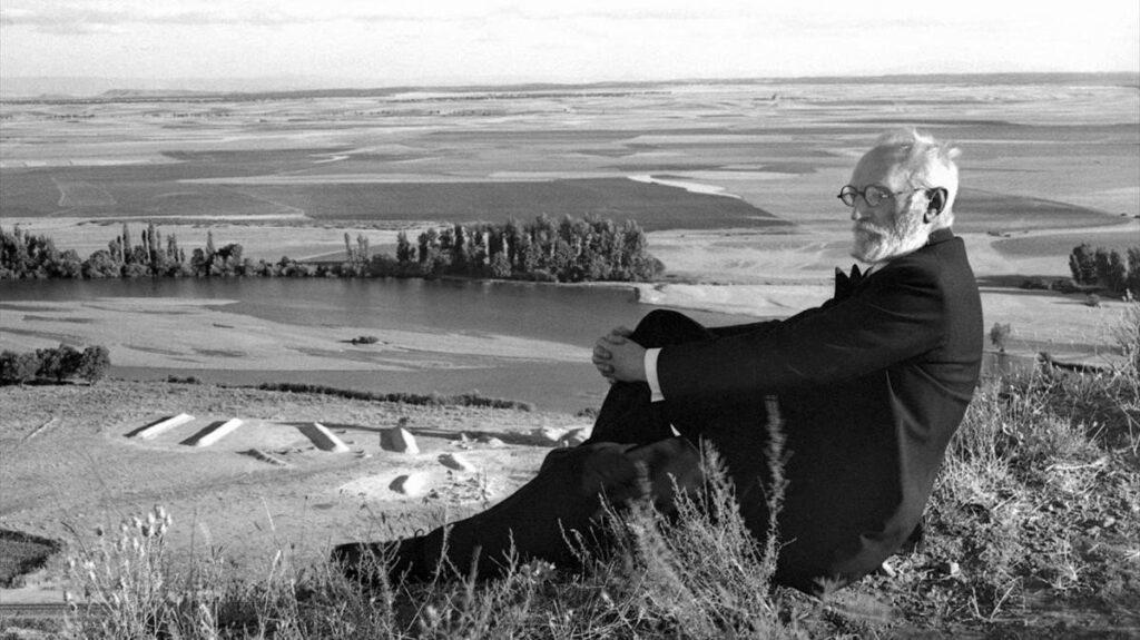 Miguel de Unamuno en La Flecha Salamanca en 1934 - Poesia Online