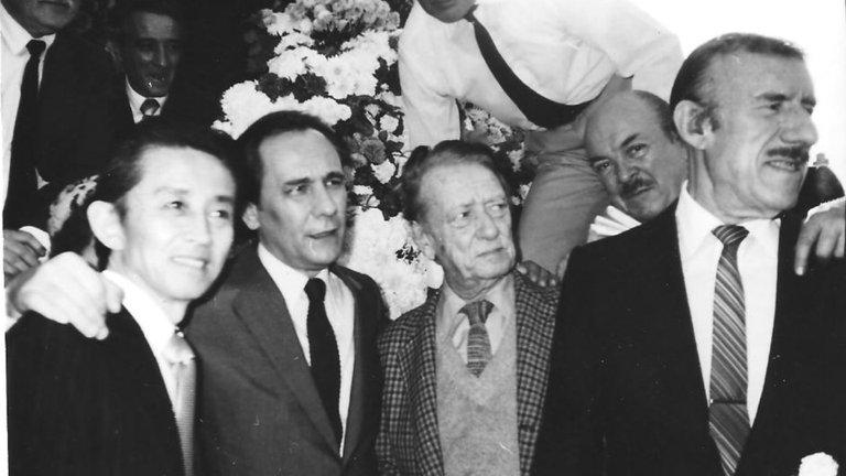 Enrique Cadícamo junto a Edmundo Rivero - Poesia Online